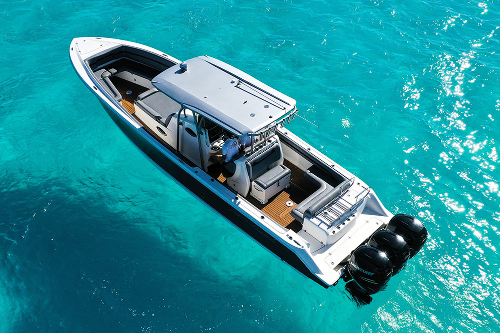 The sealounge has a unique open hull design which offers ample seating space and an extensive bimini top